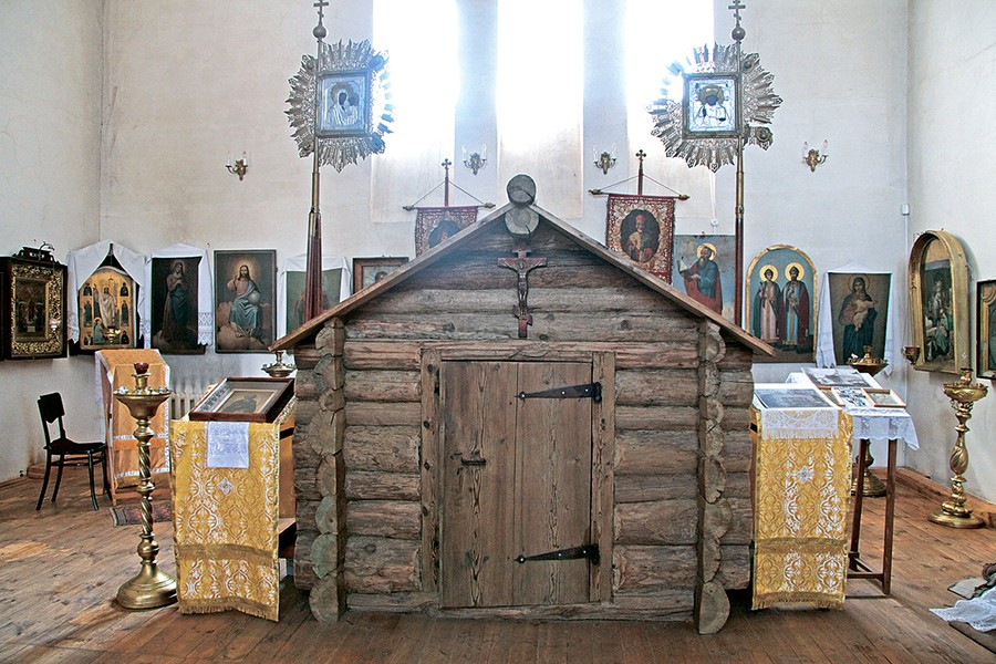 Келия преподобного Макария, воссозданная в 2009 г