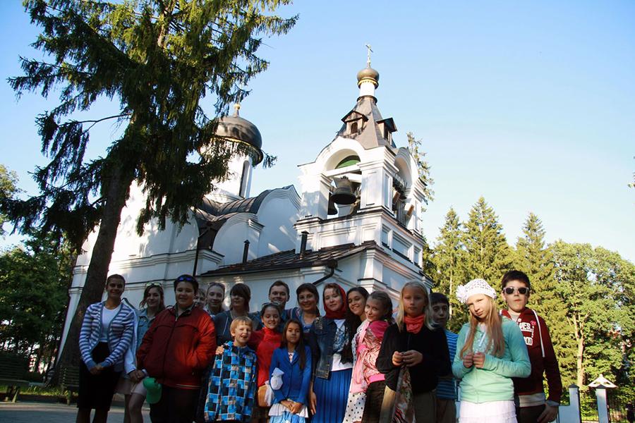 В проекте приняли участие более 20 ребят из России и Черногории