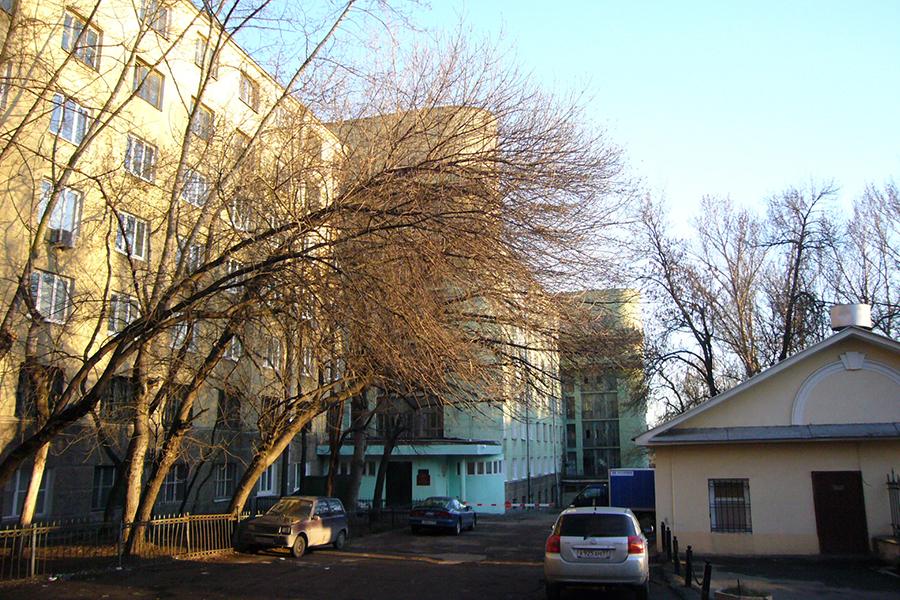 Петроверигский переулок, здесь находилась церковь святых вериг апостола Петра