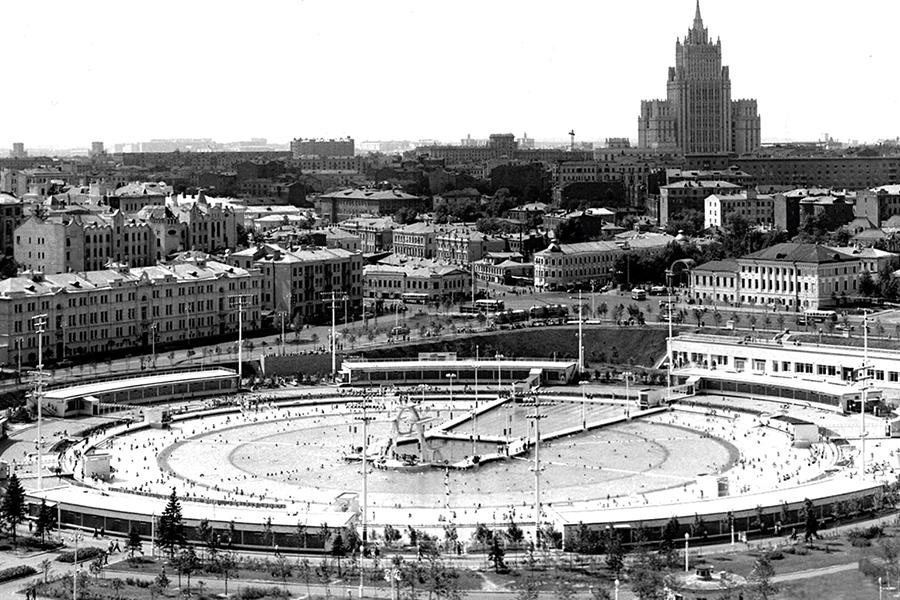Бассейн Москва 1960-е годы