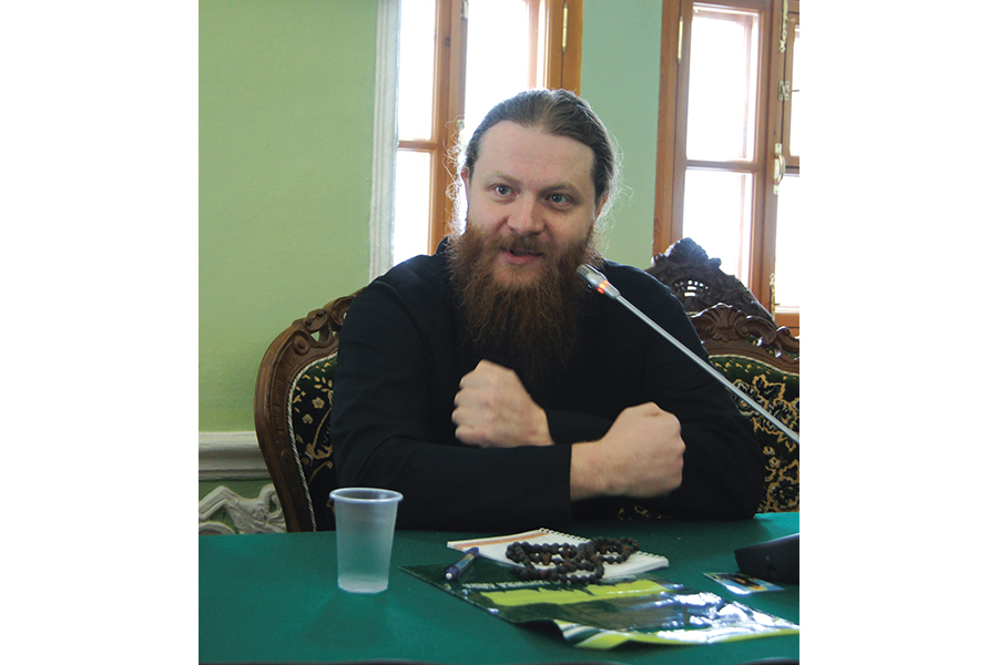 Иеромонах Варнава (Лосев), благочинный Покровского храма МДА