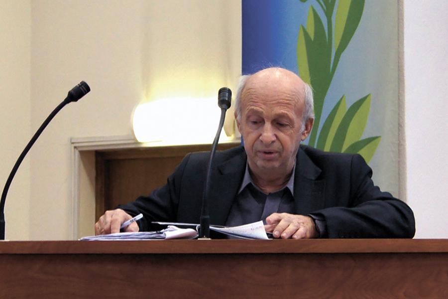 Профессор Владимир Викторович Кузнецов