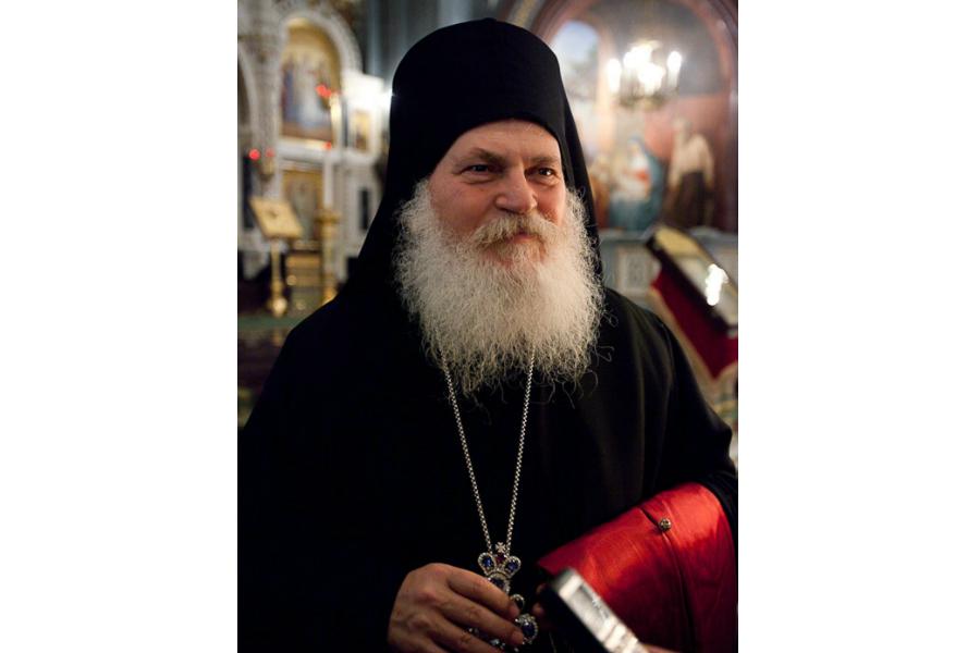 Настоятель Ватопедского монастыря архимандрит Ефрем