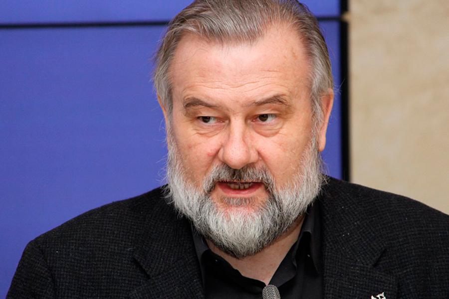 Анатолий Степанов