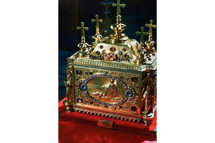 Ковчег с главой святого Пантелеимона