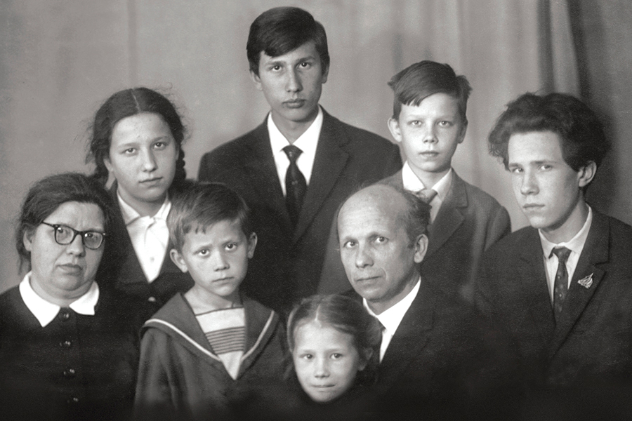 Семья протоиерея Глеба Каледы, 1969 год