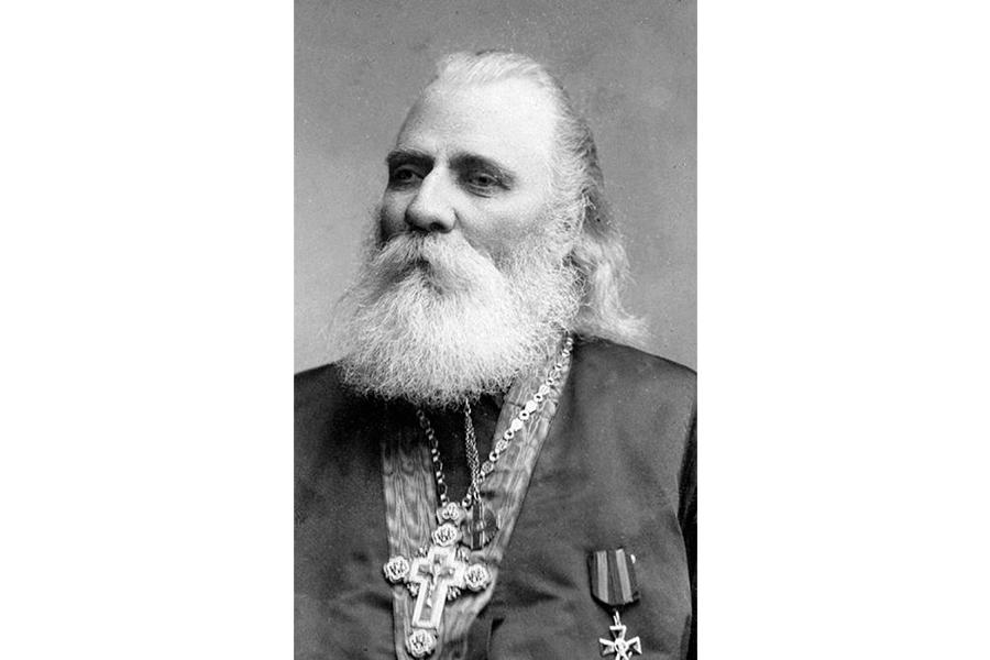 Священник Иоанн Петропавловский