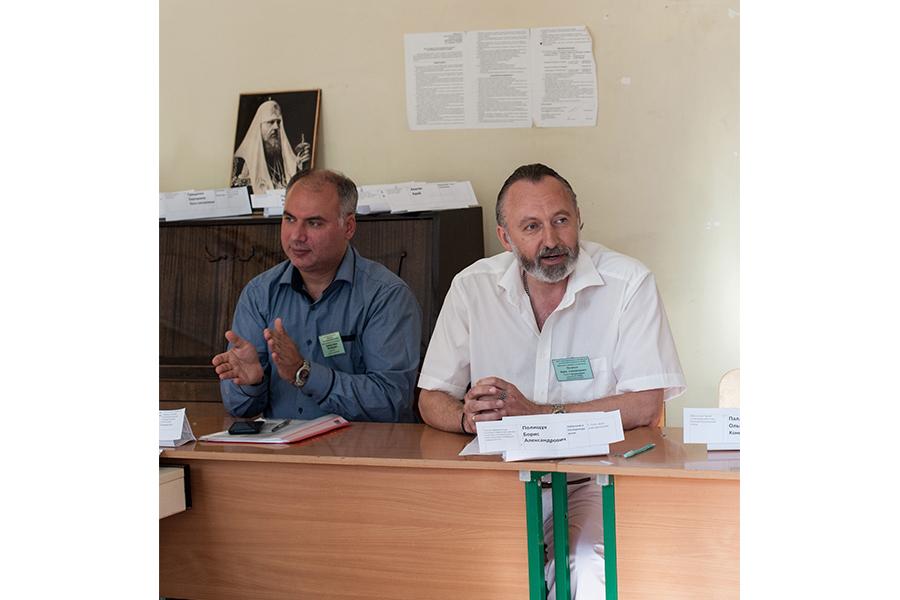 Слева - Таранов Павел Михайлович, справа - Полищук Борис Александрович