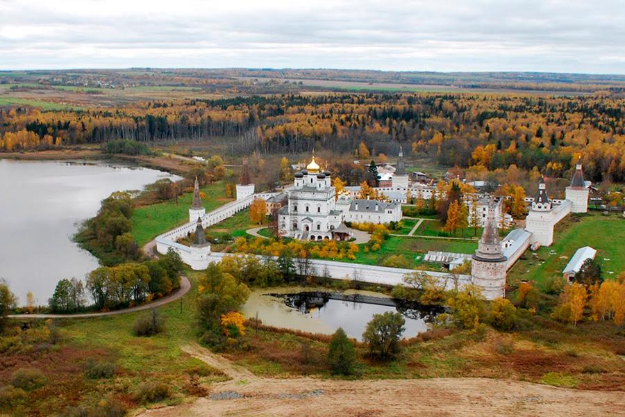 Иосифо-Волоколамский монастырь