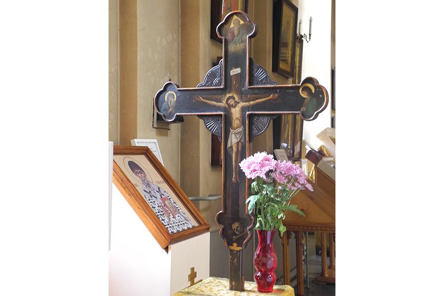 Распятие, Троицкий собор