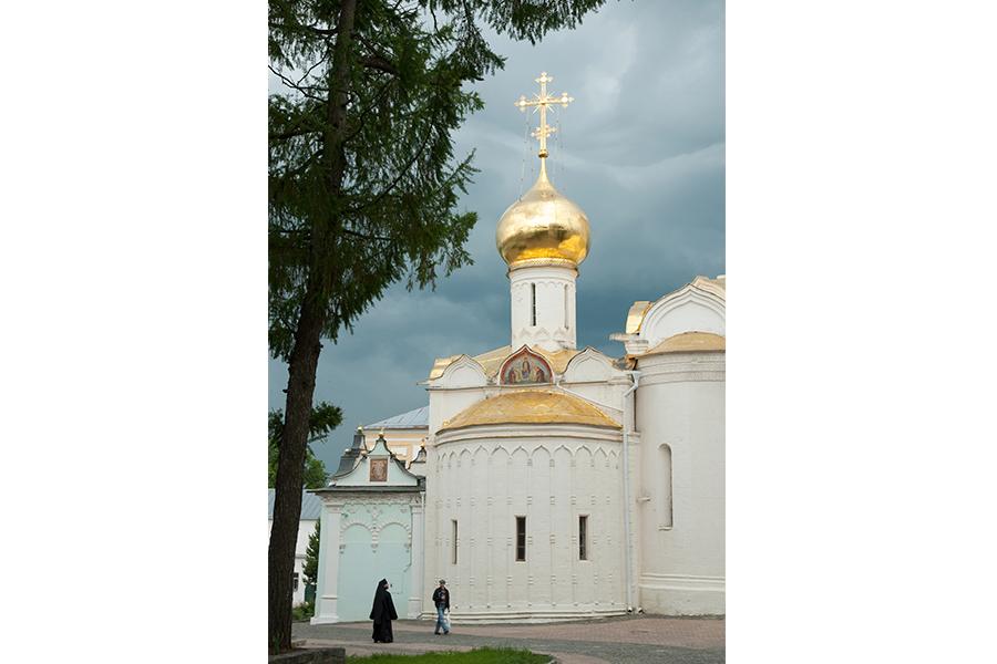 Троицкий храм в Лавре, где покоятся мощи Преподобного Сергия