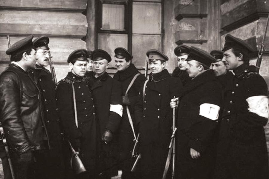 Студенты технологического института в 1917 году