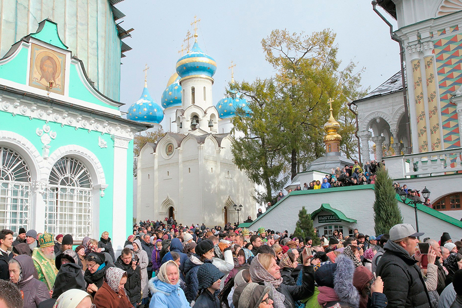 Торжества в Троице-Сергиевой Лавре в день праздника Преподобного Сергия Радонежского.jpg