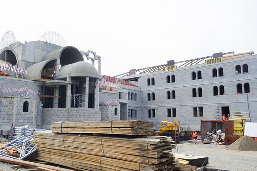 Строительство храмового комплекса в память Новомучеников в Норильской епарахии, июль 2017 г