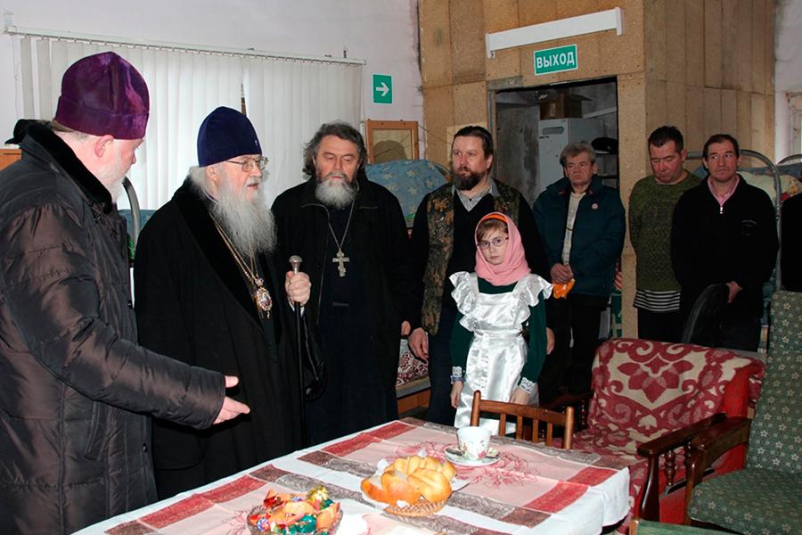 Посещение приюта митрополитом Владимирским и Суздальским Евлогием