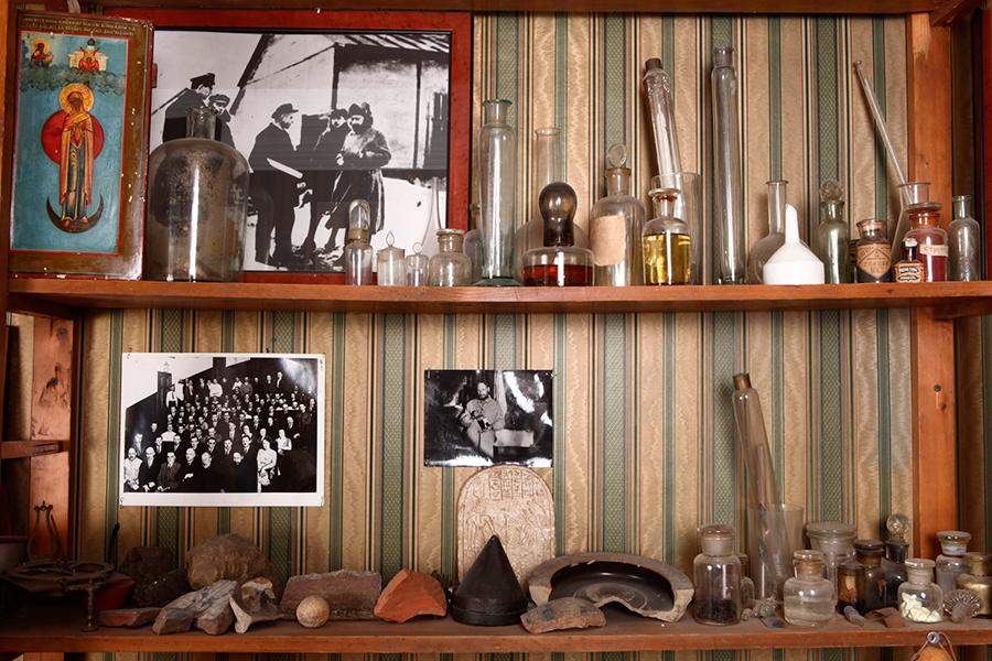 Вещи отца Павла Флоренского в мемориальной квартире