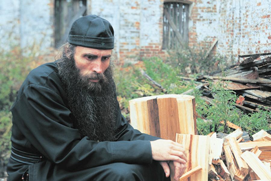 Вне монастыря оставляют все свои греховные привычки и пристрастия