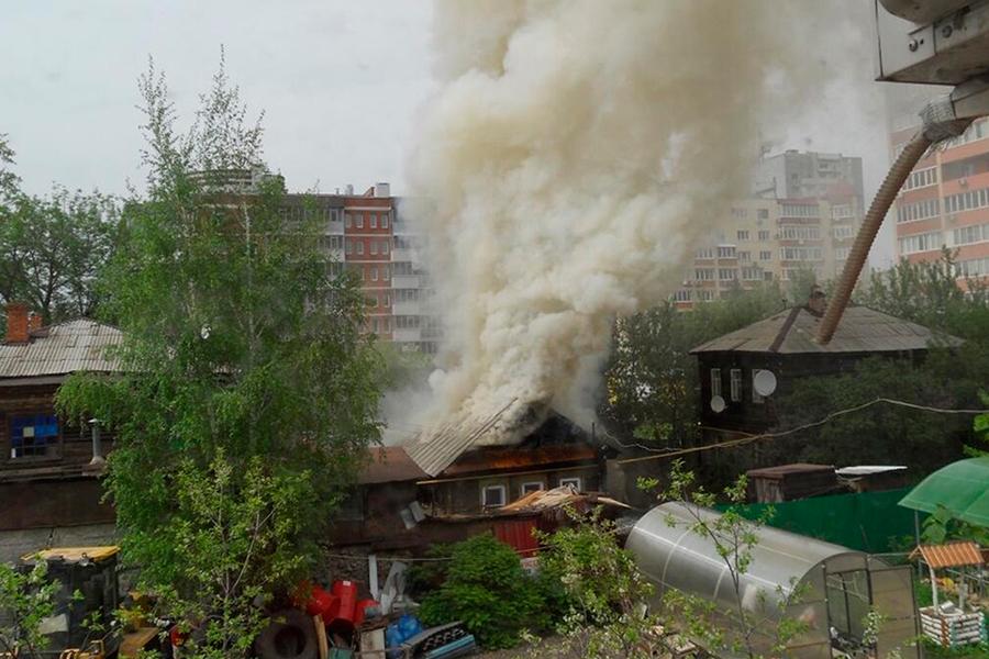 В мае 2014 года сгорел Зоин дом