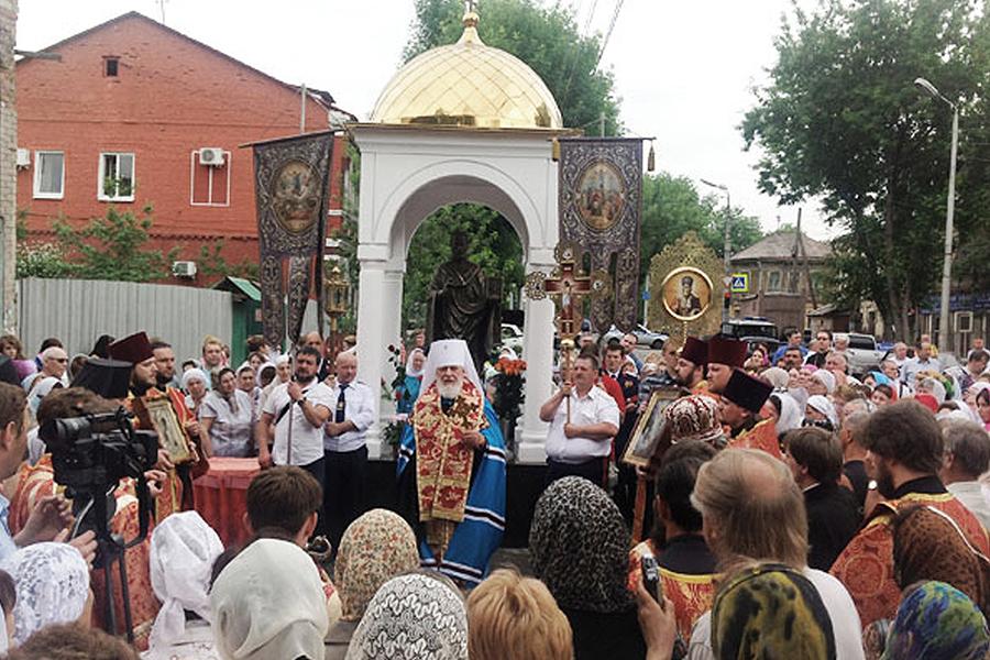 Открытие памятника Святителю Николаю у Зоиного дома