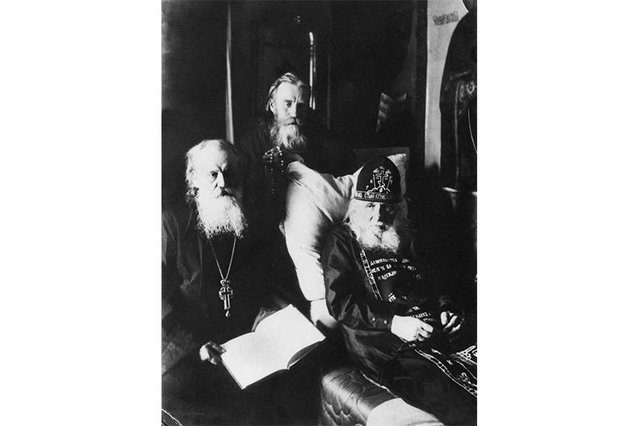 Архимандрит Кронид (Любимов), монах Макарий (Моржов)