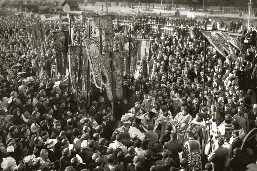 Похороны отца Иоанна Кронштадтского