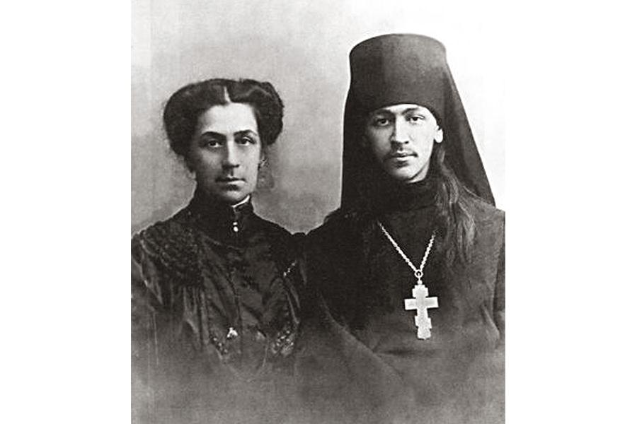 Иеромонах Нестор с матерью, Антониной Евлампиевной