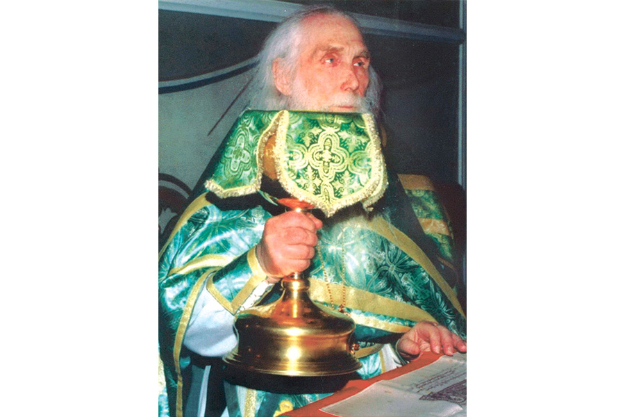 Российский молитвенник архимандрит Кирилл