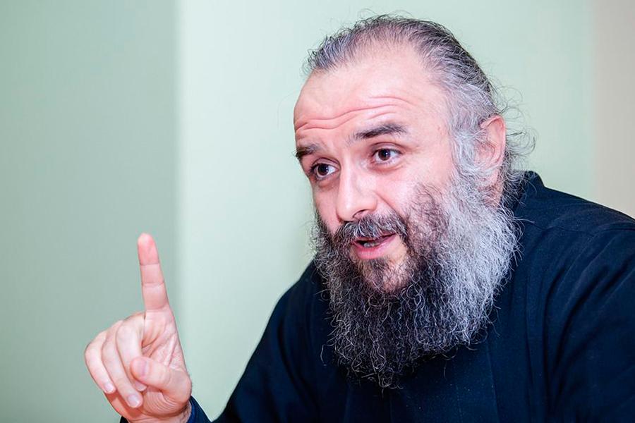 Протоиерей Арсений Григорянц