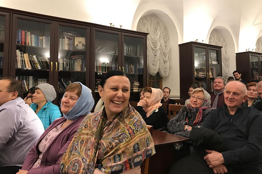 Слушатели лектория Благовещенского храма поселка Павловская Слобода