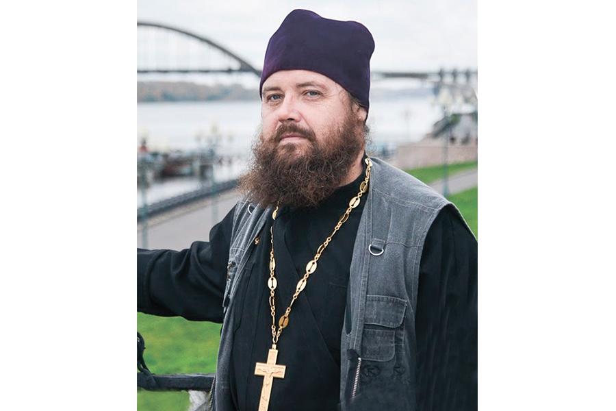 Священник Сергий Карамышев