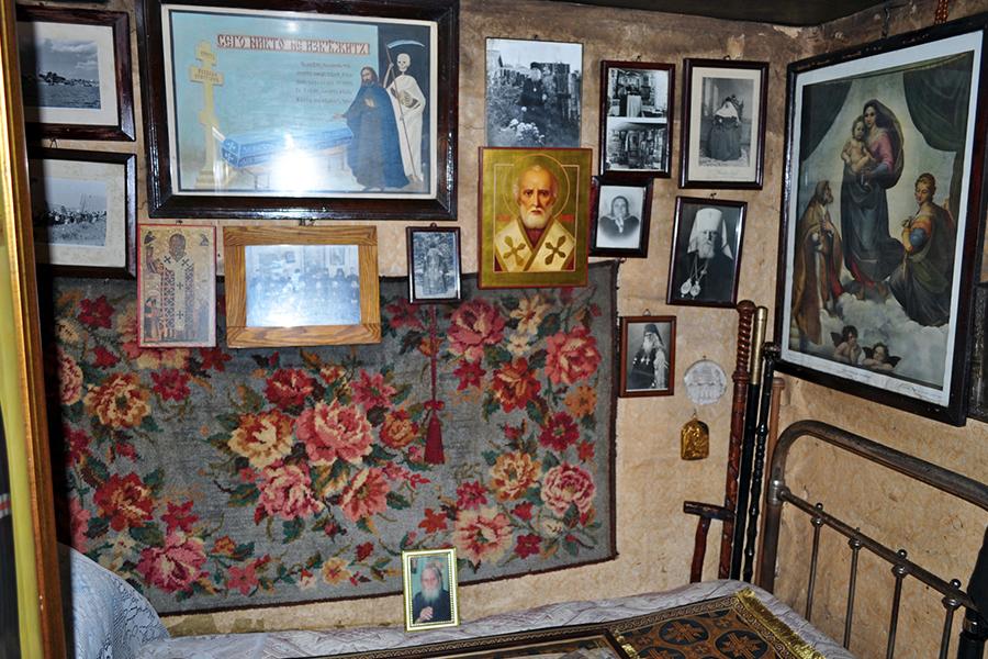 Кровать батюшки Николая Гурьянова