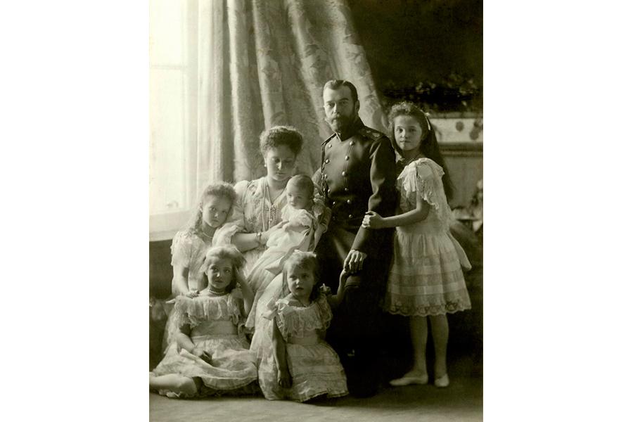 Семья императора Николая II.jpg