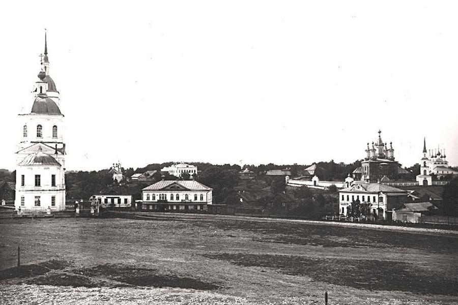 Богоявленская церковь и Дмитровский монастырь