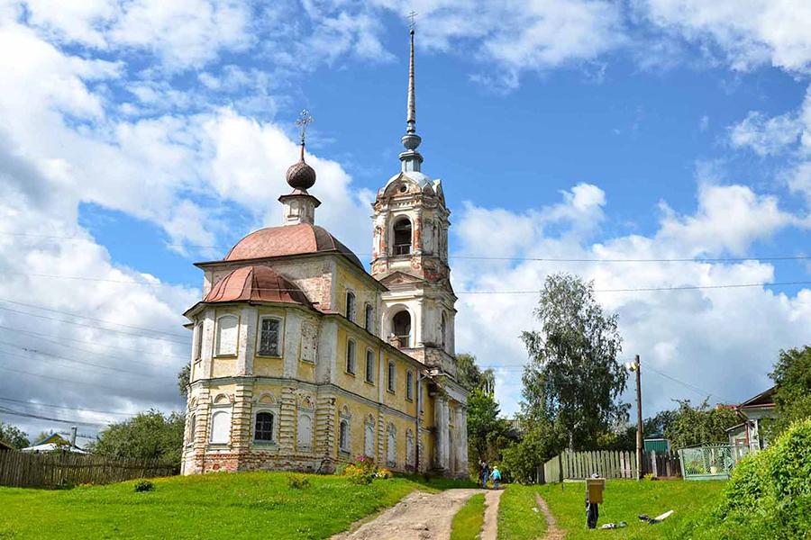 Крестознаменская церковь в Кашине