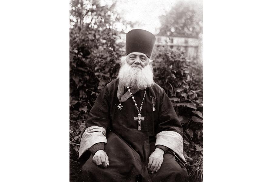 Протоиерей Калязинского собора Стефан Алексеевич Бутягин