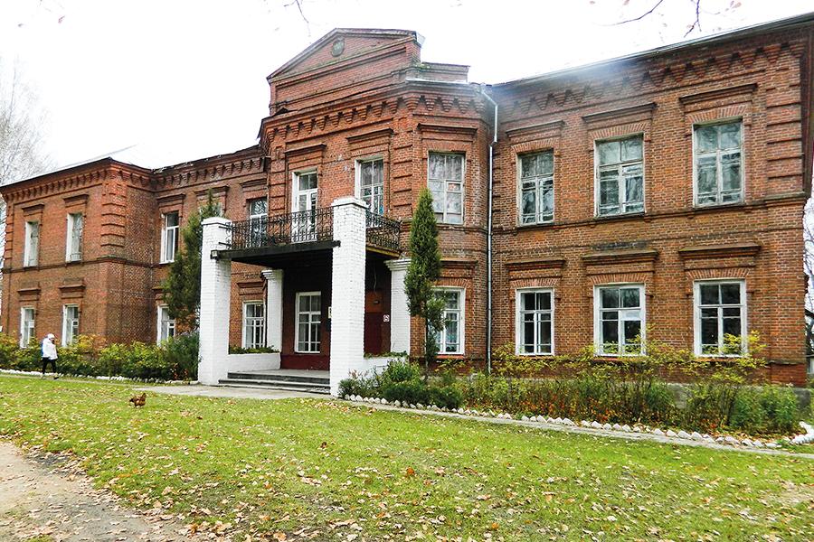 Школа имени Рачинского, село Татево, 2017 год