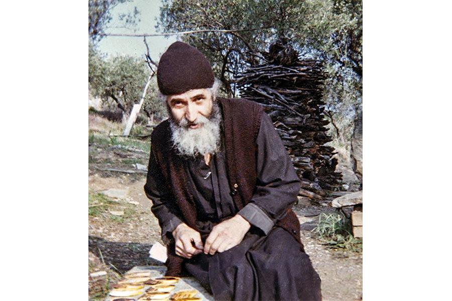 Воздержание отец Паисий полагал началом монашеских добродетелей