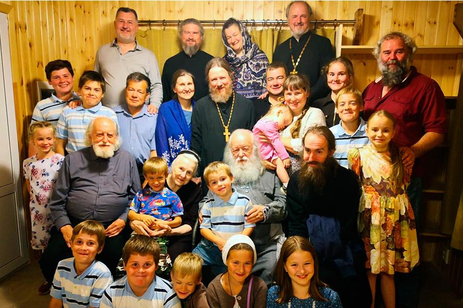 Семья Кречетовых