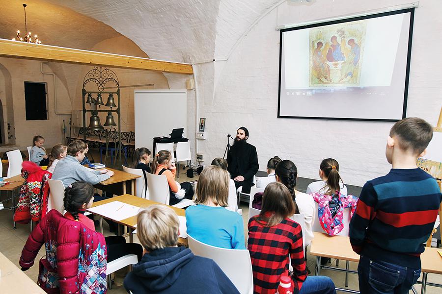 Занятия по искусству с детьми