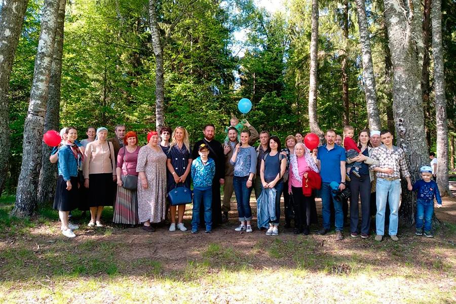 Участники Семейных клубов трезвости в Татево