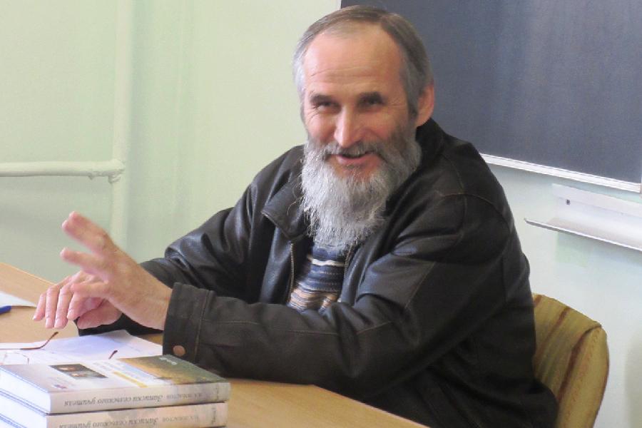 Писатель Николай Алексеевич Лобастов