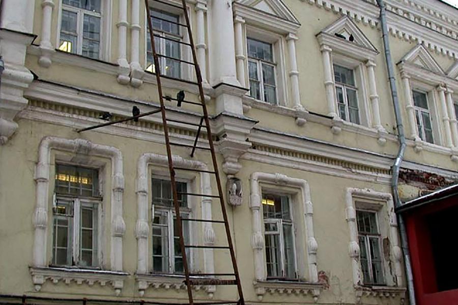 Училищный корпус Славяно-греко-латинской академии. Современное фото