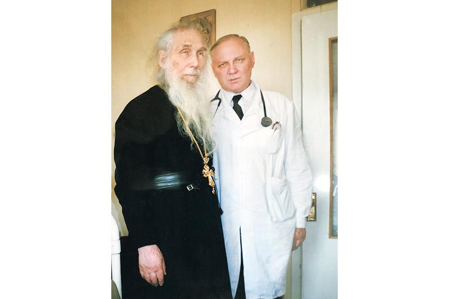 Архимандрит Кирилл (Павлов) и Александр Викторович Недоступ