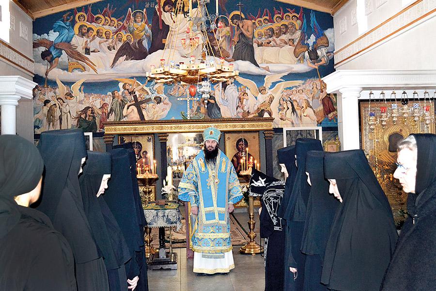 Владыка Ириней в Иверской обители