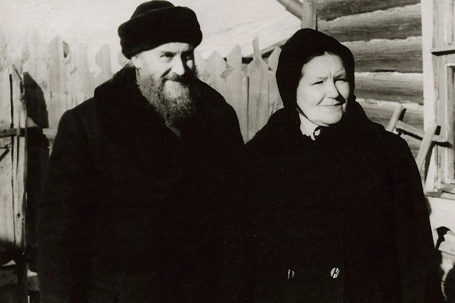 Родители отца Валериана – протоиерей Михаил и Любовь Владимировна Кречетова