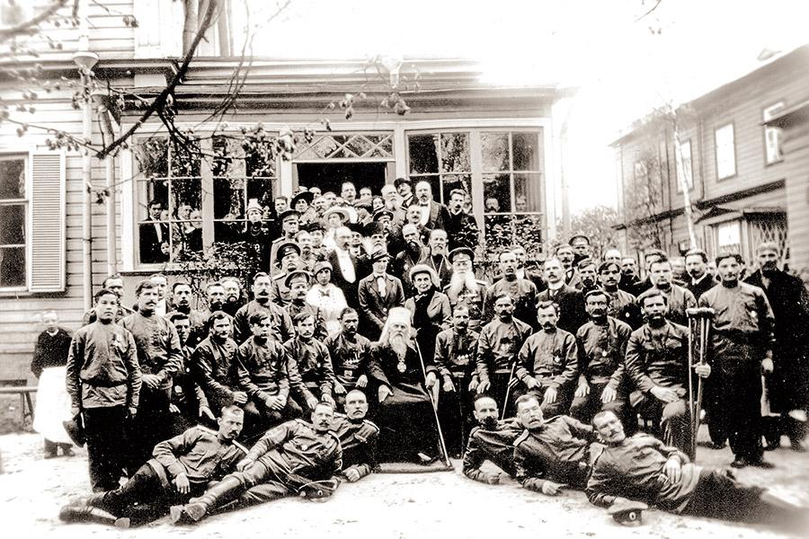Госпиталь князей Щербатовых в 1916 г. Приезд митрополита