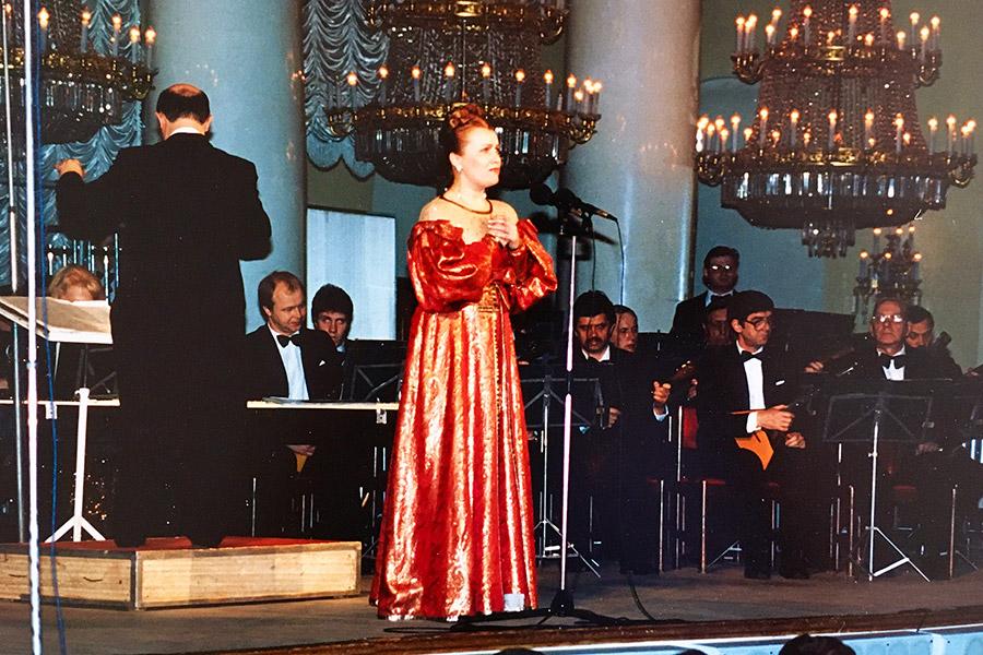 Исповедальность – еще одно новое качество, которым обогатила вокальное искусство Татьяна Петрова