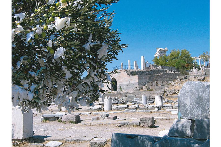 Город Пергам. Часовые столетий