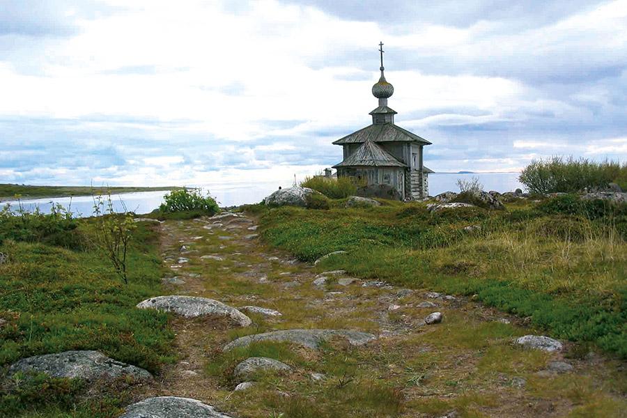 Соловки. Церковь святого Апостола Андрея Первозванного на берегу Заяцкой гавани
