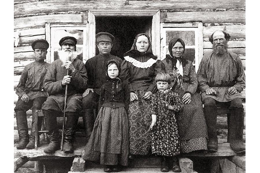 Крестьянская семья. Конец XIX века